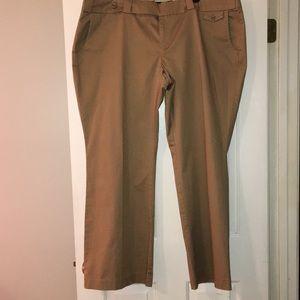 Old Navy women's plus khaki pants. Size 22W. NWOT